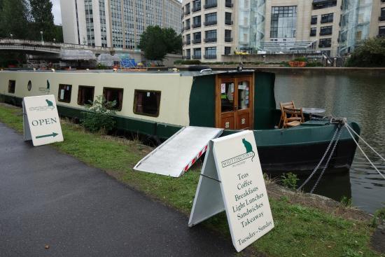 whittingtons-tea-barge 1